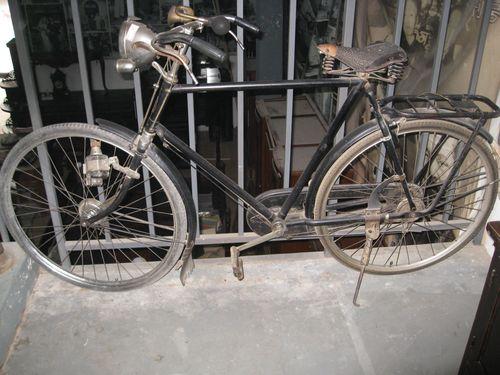 Gazelle Bicycle _5692